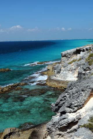 isla mujeres coastal view