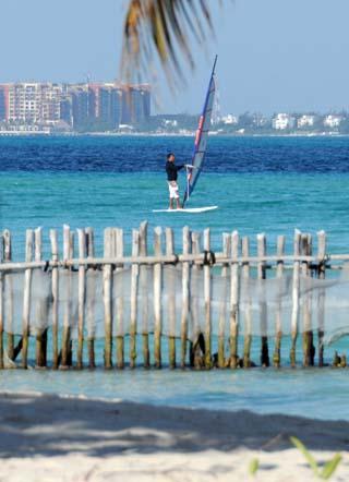 windsurfer isla mujeres
