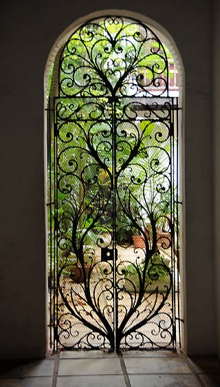 patio door in san juan