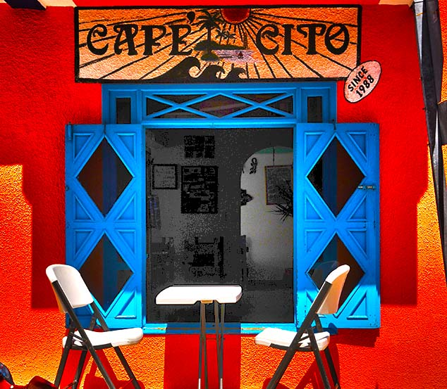 cafe colors isla mujeres