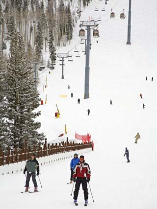 Lionshead Village Ski Run, Vail Ski Resort, Rocky Mountains, Colorado, USA