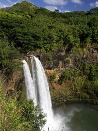 Wailua Falls, Kauai, Hawaii, USA