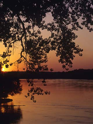 Sunset over the Missouri at Indian Cave State Park, Nebraska, USA