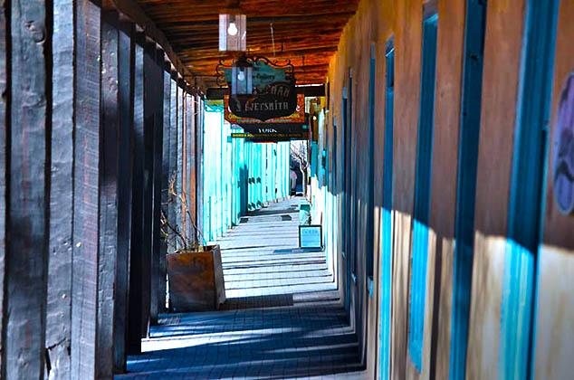 shopping boardwalk santa fe new mexico