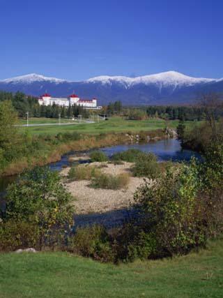 Hotel Below Mount Washington, White Mountains National Forest, New Hampshire, New England, USA