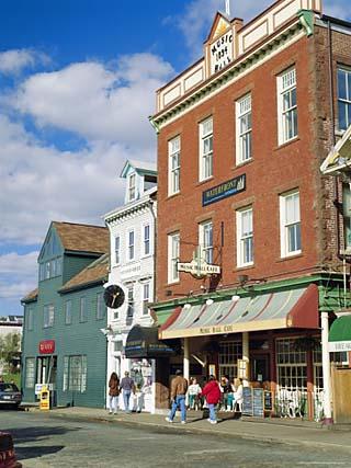 Thames Street, Newport, Rhode Island, USA