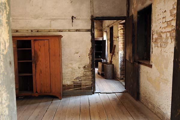 slave quarters charleston south carolina