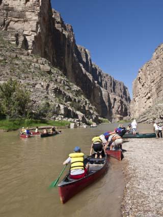 Canoeing Rio Grande at Santa Elena Canyon, Big Bend National Park, Brewster, Texas, Usa