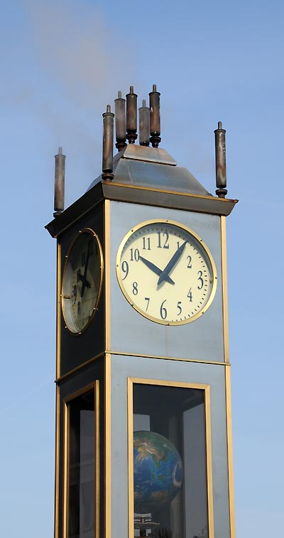 Indianapolis clock