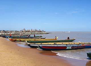 kourou beach canoe race